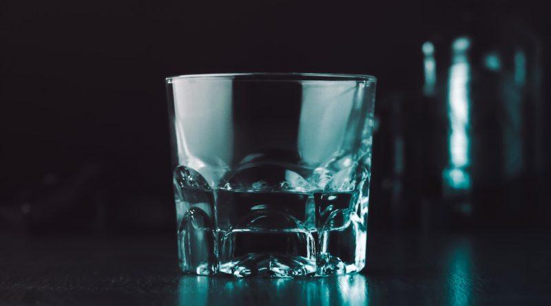 Glass Alcohol Cocktail Bar Drink  - AJS1 / Pixabay